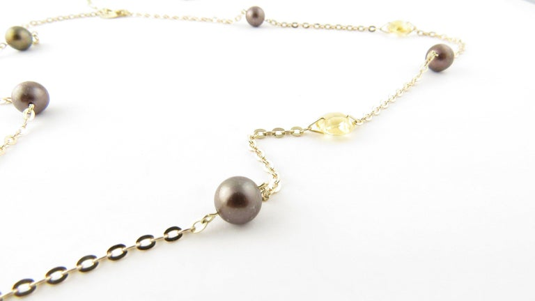 Round Cut 14 Karat Yellow Gold Grey Pearl and Citrine Necklace For Sale