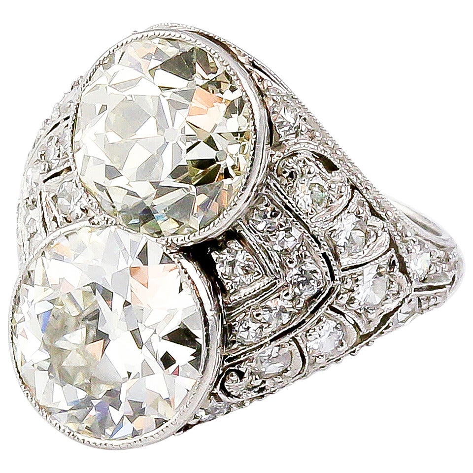 Art Deco Diamond Platinum Two-Stone Cocktail Ring For Sale