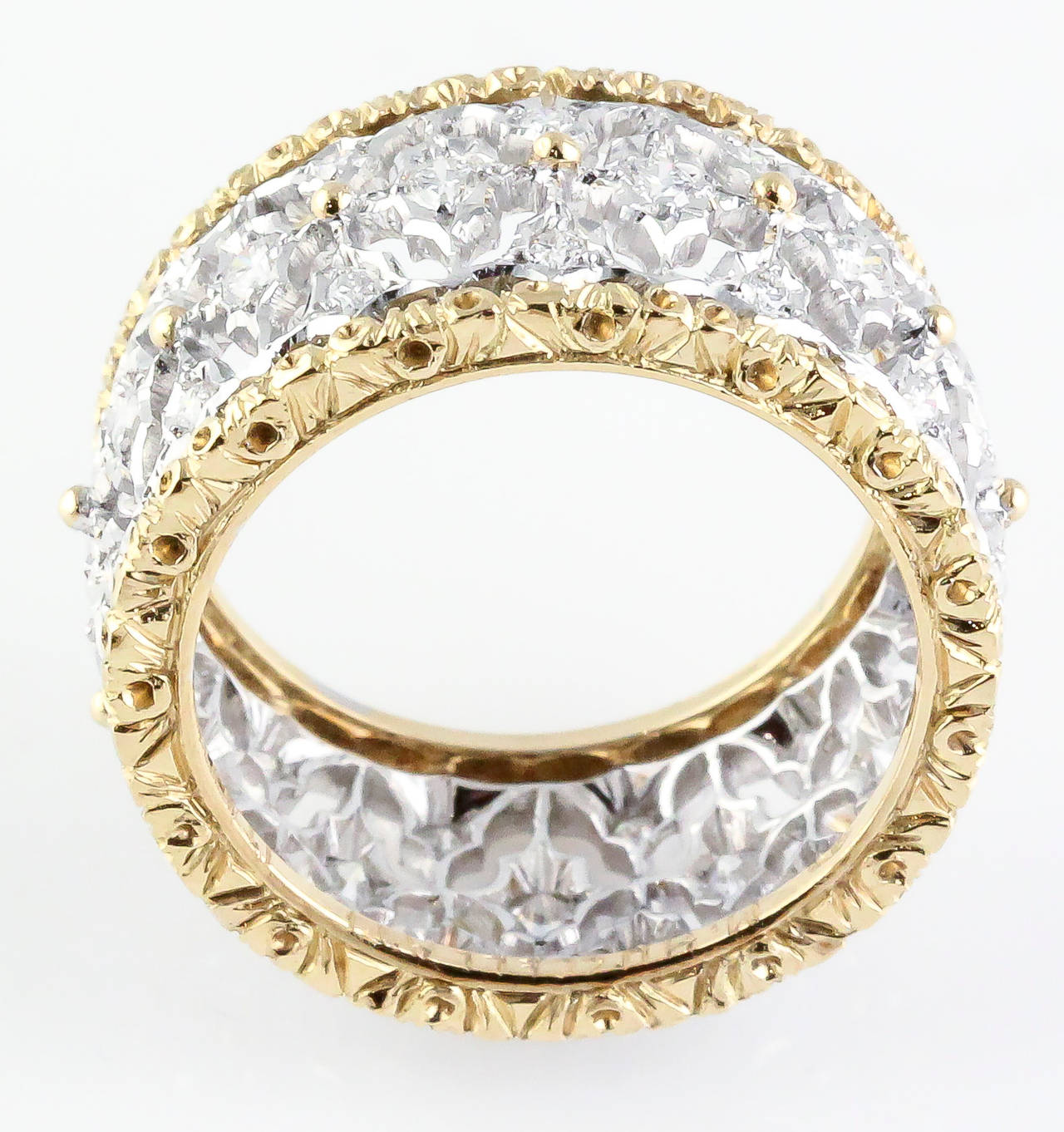 M. Buccellati Diamond Gold Band Ring In Excellent Condition For Sale In New York, NY
