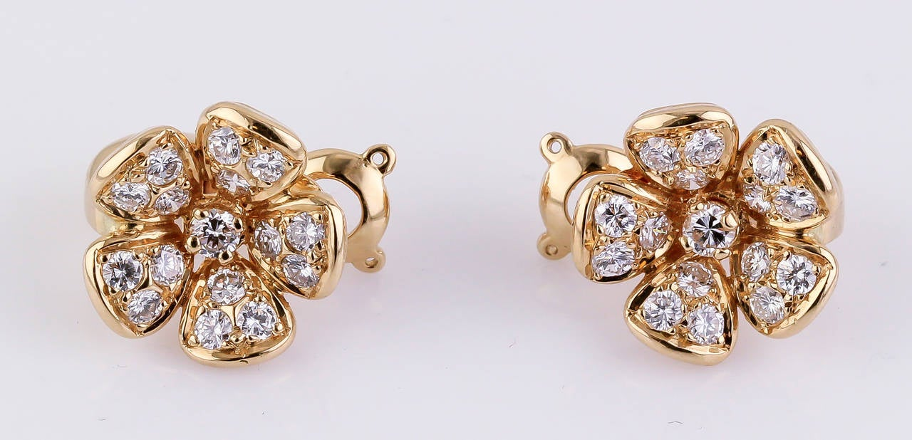 Van Cleef & Arpels Diamond Gold Flower Earrings 2