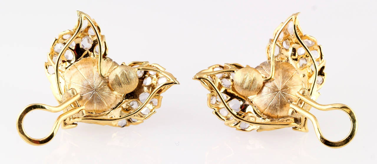 Buccellati Mabe Pearl Rose Cut Diamond Gold Earrings In Good Condition For Sale In New York, NY