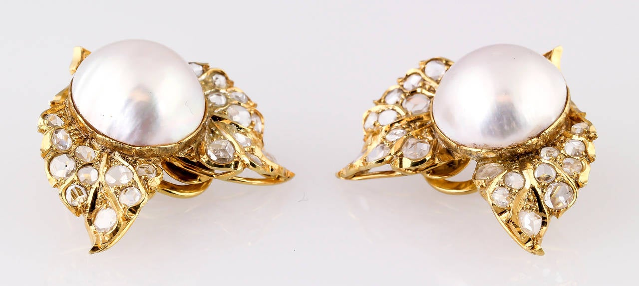Women's Buccellati Mabe Pearl  Rose Cut Diamond Gold Earrings For Sale
