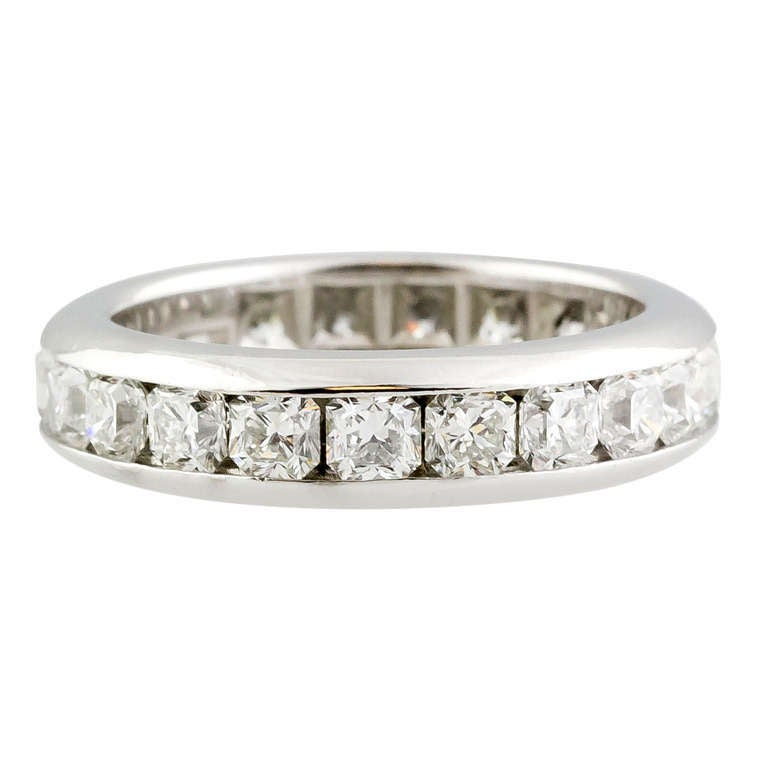 e87a41fb0 Tiffany and Co. Lucida Diamond Platinum Band For Sale at 1stdibs
