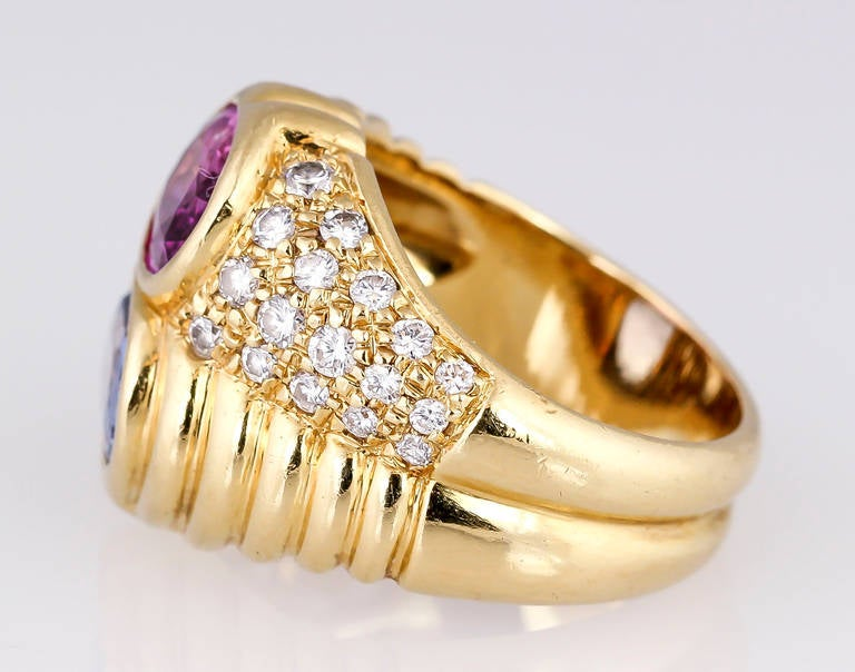 Bulgari Blue and Pink Sapphire Diamond Gold Ring In Excellent Condition For Sale In New York, NY
