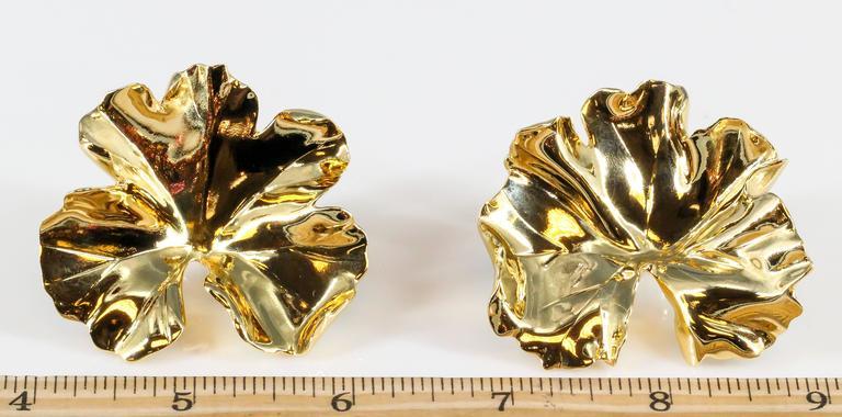 Women's JAR Large Geranium Gold Tone Aluminum Earrings For Sale