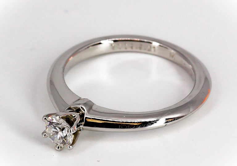 Tiffany & Co. .23 Carat Diamond and Platinum Engagement Ring In Excellent Condition For Sale In New York, NY