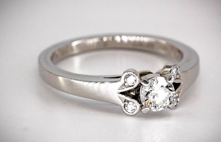 Cartier Ballerine Diamond Platinum Engagement Ring In Excellent Condition For Sale In New York, NY