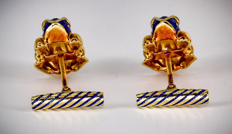 Women's or Men's David Webb Enamel Gold Frog Cufflinks For Sale