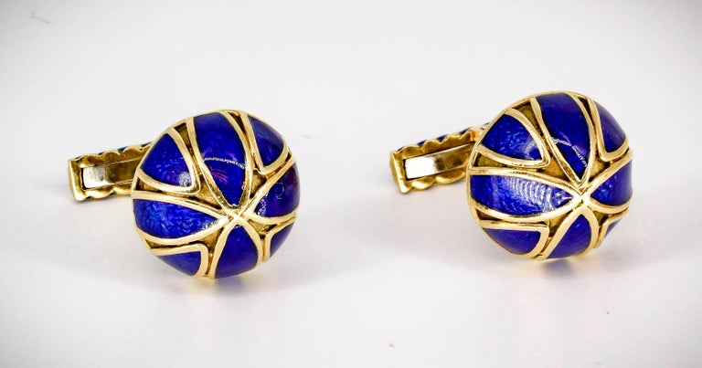 David Webb Blue Enamel Gold Cufflinks In Excellent Condition For Sale In New York, NY