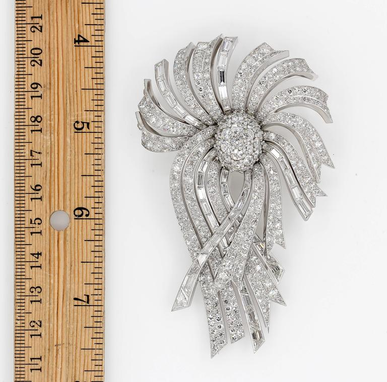 LaCloche Paris Diamond Gold Platinum Day Night Brooch In Excellent Condition For Sale In New York, NY