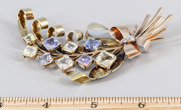 Retro Blue and Yellow Sapphire Diamond Gold Brooch For Sale 2
