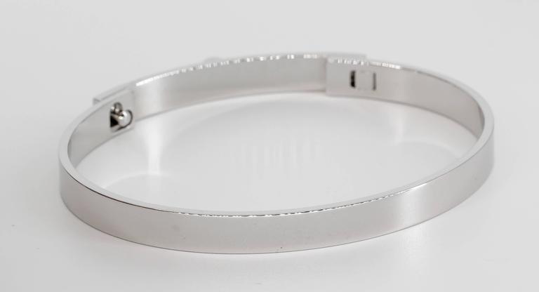 Women's Hermes Collier de Chien White Gold Bangle Bracelet For Sale