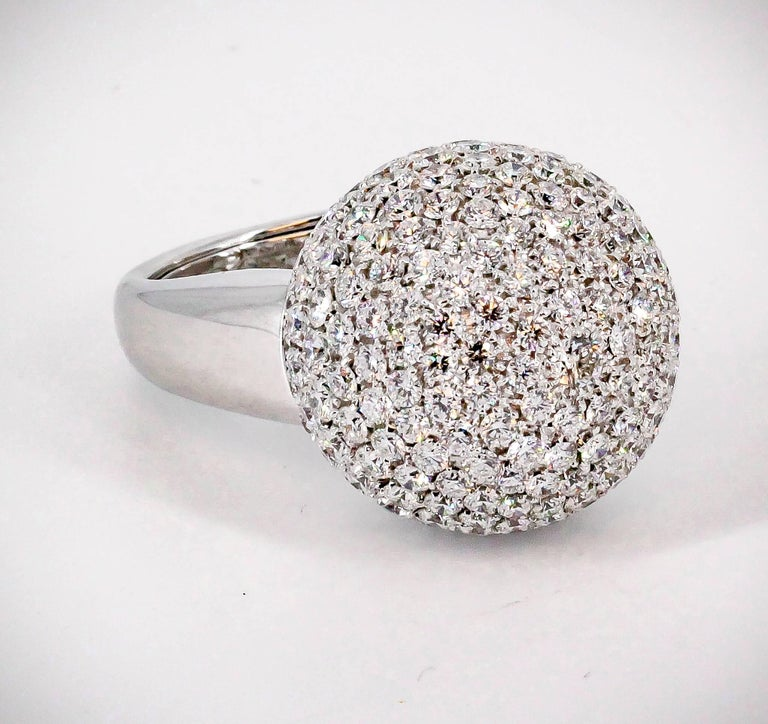 De Grisogono Diamond and White Gold Dome Ring In Excellent Condition For Sale In New York, NY