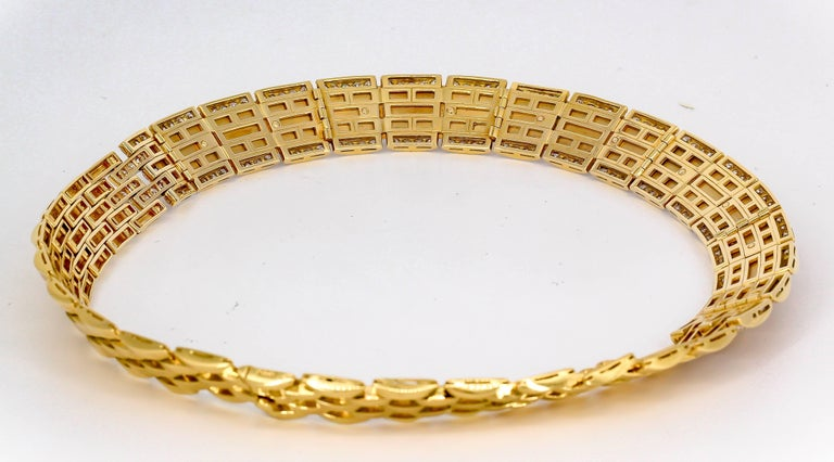 Cartier Panther Diamond and Yellow Gold Necklace For Sale 1