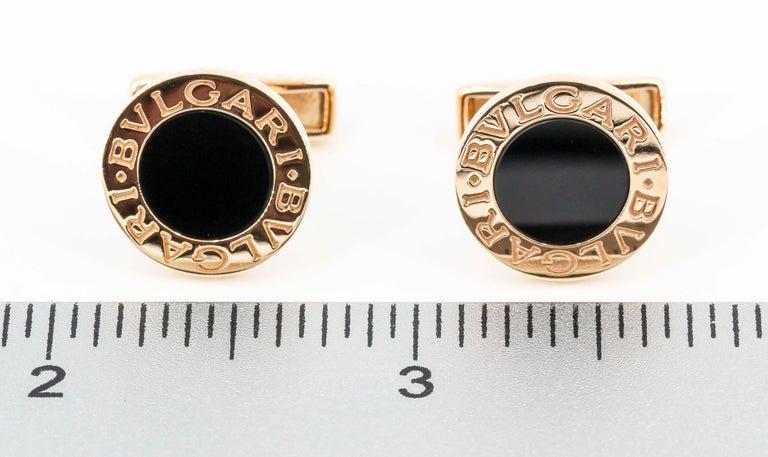 Bulgari Onyx and 18 Karat Gold Round Cufflinks For Sale 1