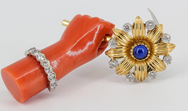 Cartier Lapis, Diamond, Coral Platinum and Gold Hand Holding Flower Brooch For Sale 3
