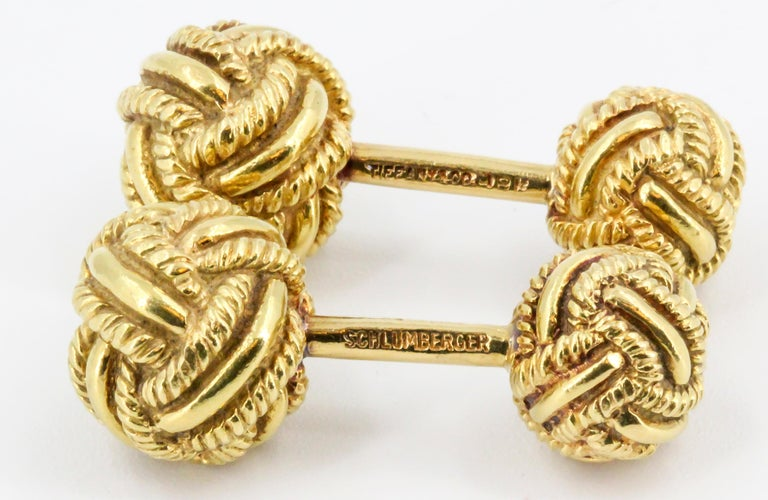 Tiffany & Co. Schlumberger Gold Knot Dumbbell Cufflinks In Good Condition For Sale In New York, NY