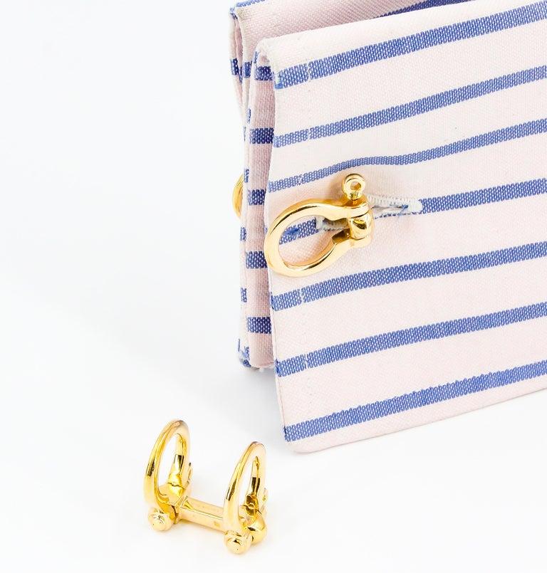 Men's Hermès 18 Karat Yellow Gold Stirrup Folding Cufflinks For Sale