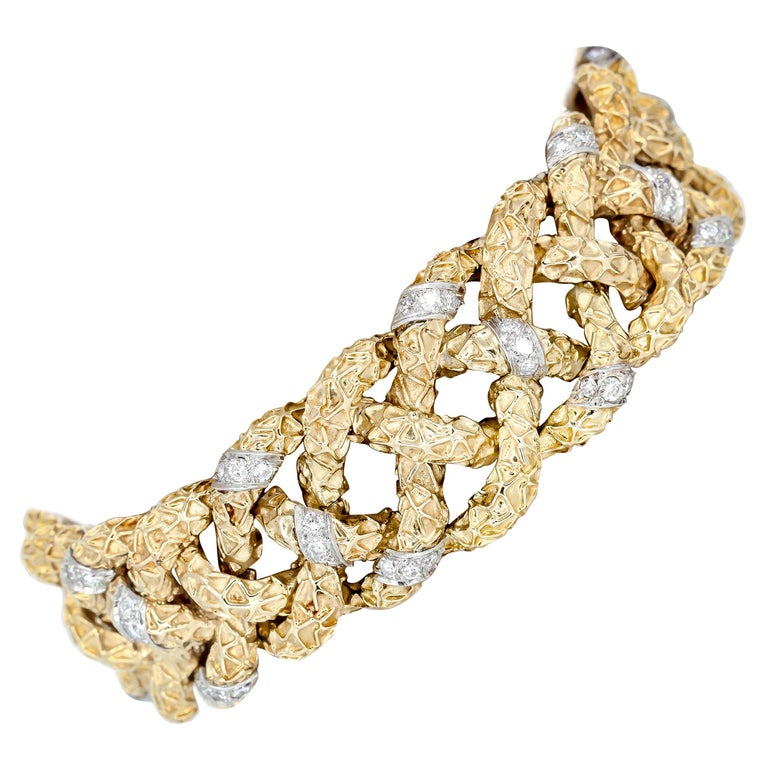 Van Cleef & Arpels Diamond Platinum Gold Textured Link Bracelet For Sale