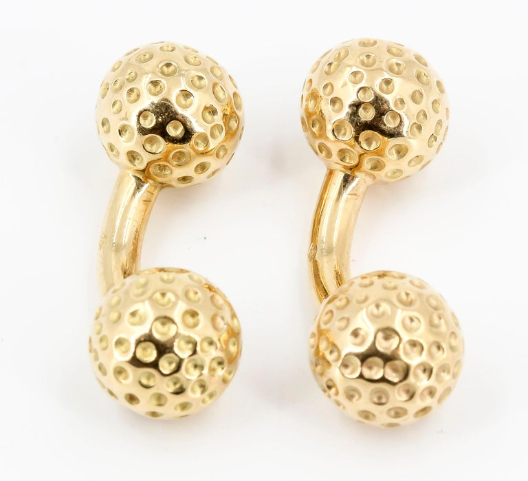 Hermès 18 Karat Gold Golf Ball Dumbbell Cufflinks In Good Condition For Sale In New York, NY
