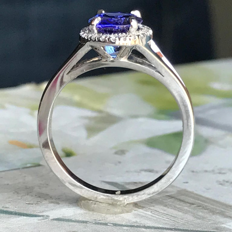 Oval Violet Tanzanite with Diamond Engagement Halo Ring, 18 Karat White Gold In New Condition For Sale In West Hollywood, CA