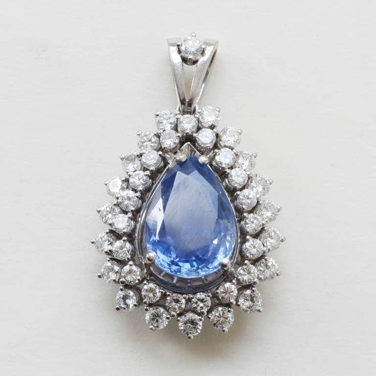 10 carat unheated ceylon sapphire and