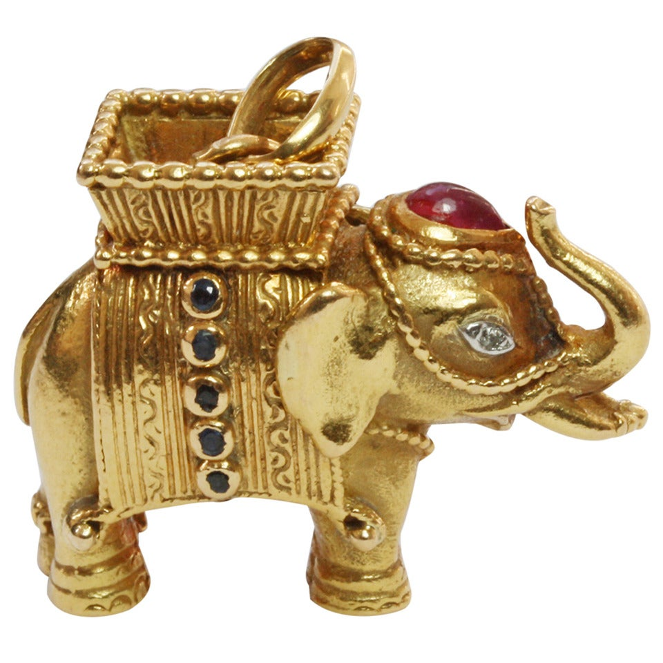 Van cleef amp arpels vca 18k yellow gold ruby cabochon amp diamond - Van Cleef Arpels Gem Set Gold Elephant Pendant 1