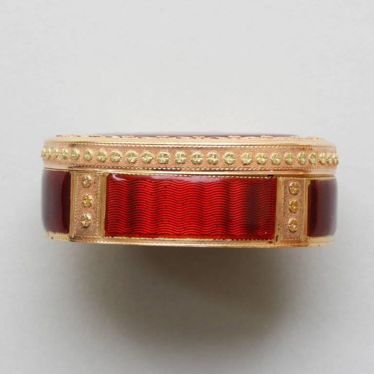 18th Century Red Enamel Gold Vinaigrette 5