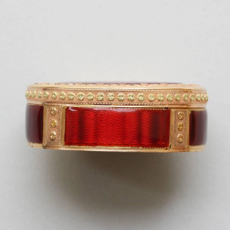18th Century Red Enamel Gold Vinaigrette For Sale 1