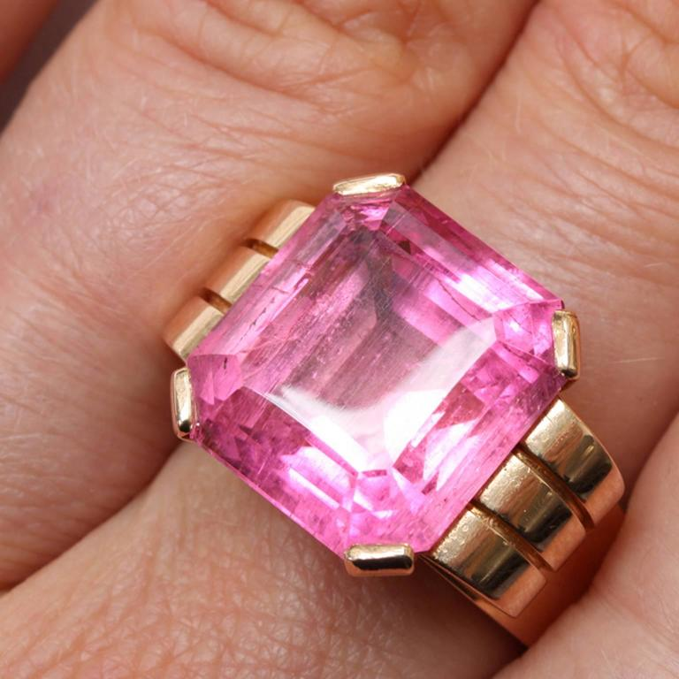 Women's Art Deco Pink Tourmaline Gold Ring For Sale