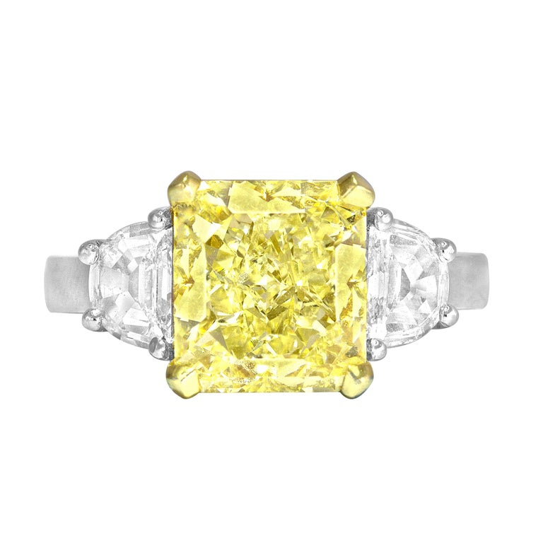 GIA Certified 4.09 Carat Natural Fancy Yellow Diamond Ring in Platinum/18K Gold For Sale