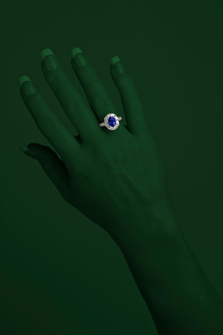 2.54 Carat Oval Cut Vivid Blue Ceylon Sapphire and Diamond Ring in White Gold In New Condition For Sale In New York, NY