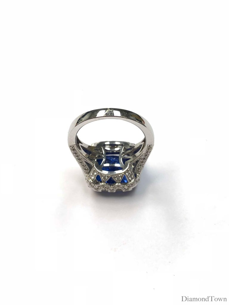 6.99 Carat Vivid Blue Tanzanite and Diamond Cocktail Ring in 18 Karat White Gold In New Condition For Sale In New York, NY