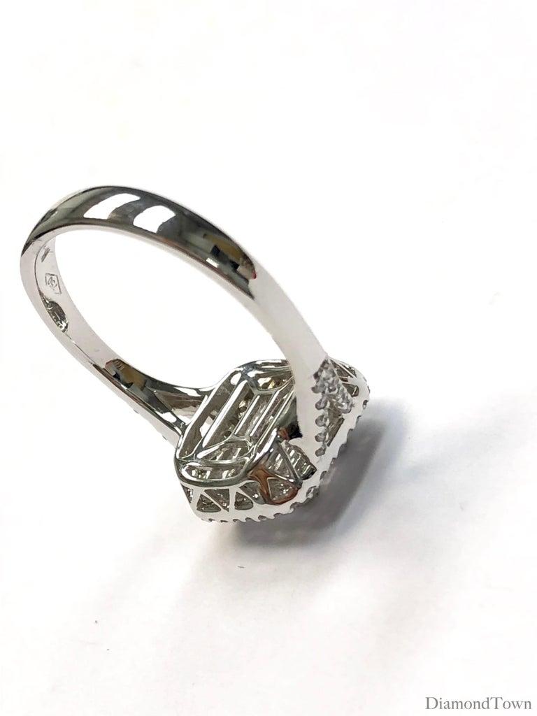 Women's 0.86 Carat Diamond Cluster Ring in 18 Karat White Gold For Sale
