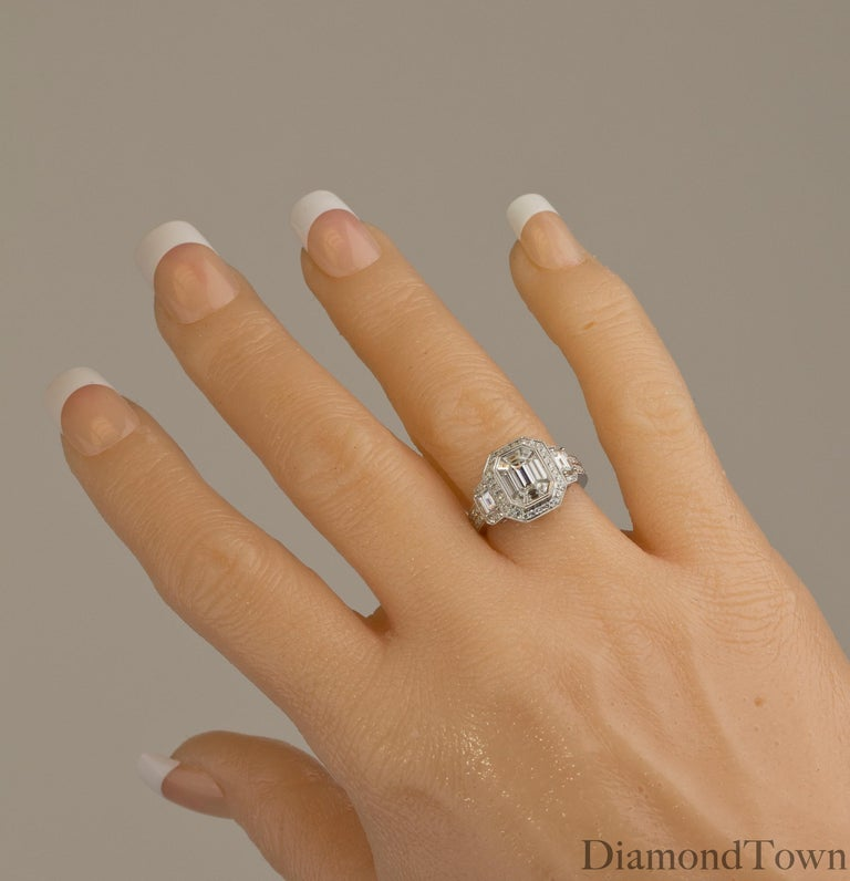 1.66 Carat Diamond Cluster Ring in 18 Karat White Gold In New Condition For Sale In New York, NY
