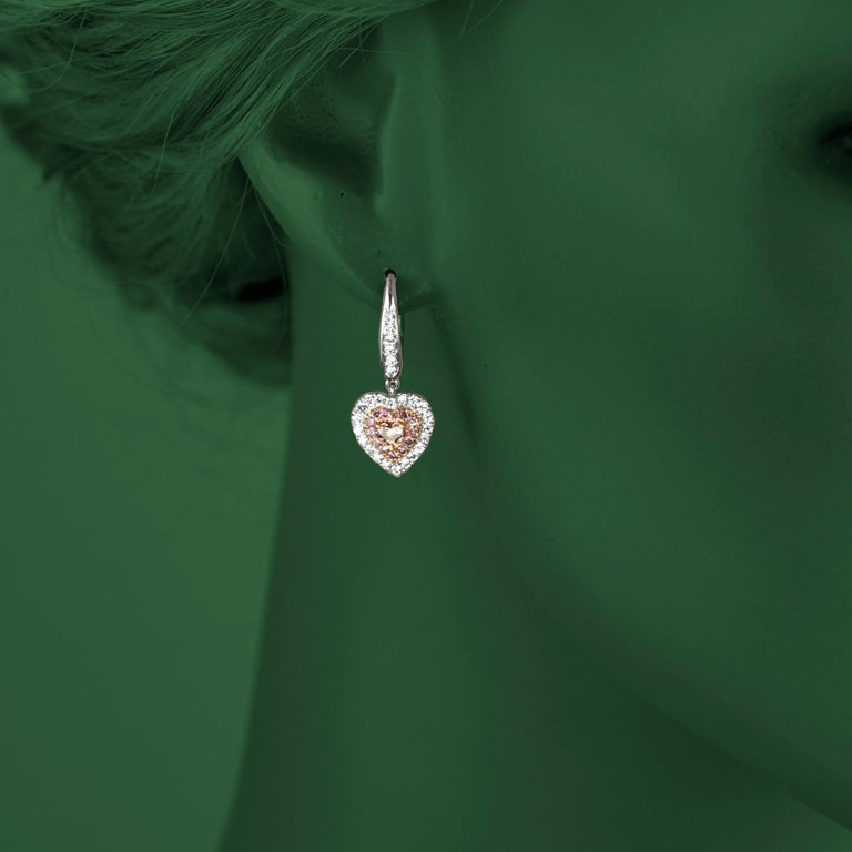 1.15 Carat Natural Fancy Pink Diamond Heart Earrings in White Gold and Pink Gold In New Condition For Sale In New York, NY