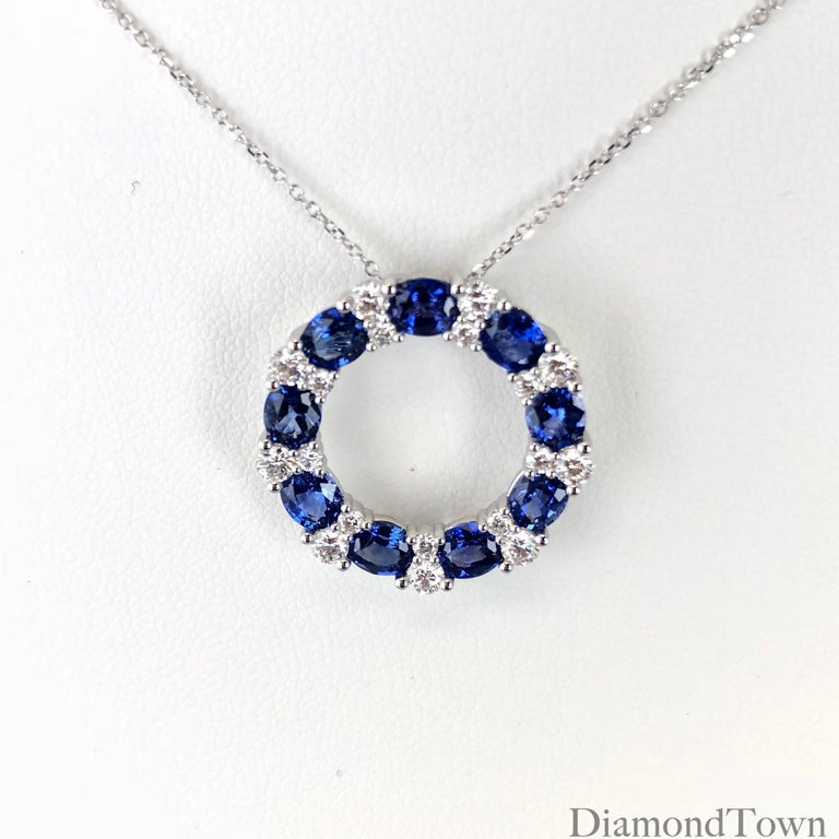 Round Cut 3.82 Carat Blue Sapphire and Diamond Pendant in 18 Karat White Gold For Sale