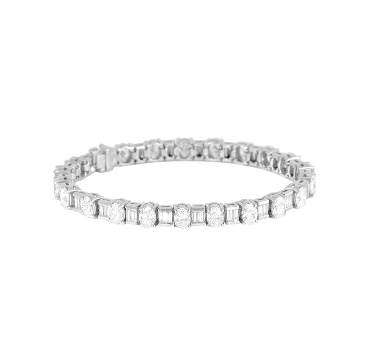12.02 Carat Diamond Alternating Oval and Baguette Tennis Bracelet in White Gold For Sale