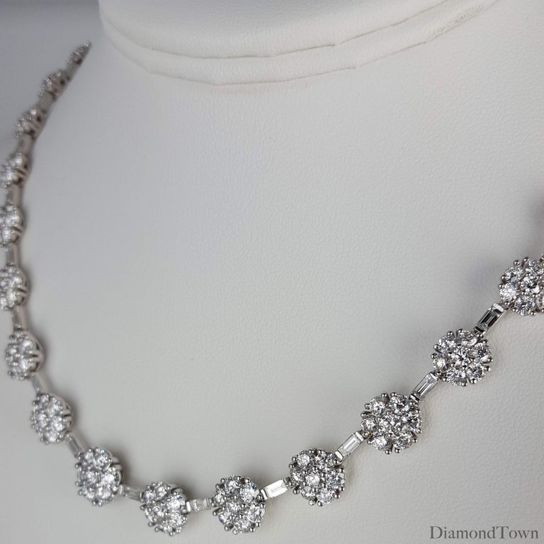 Contemporary 21.84 Carat Diamond Flower Necklace in 18 Karat White Gold For Sale