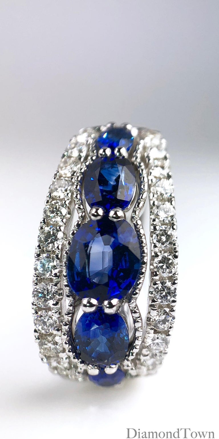 1.94 Carat Blue Sapphire and 0.54 Carat Diamond Hoop Earrings in 18 Karat Gold In New Condition For Sale In New York, NY