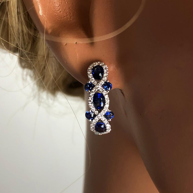 Contemporary 2.52 Carat Sapphire and 0.48 Carat Diamond Lever-Back Hoop Earring in White Gold For Sale