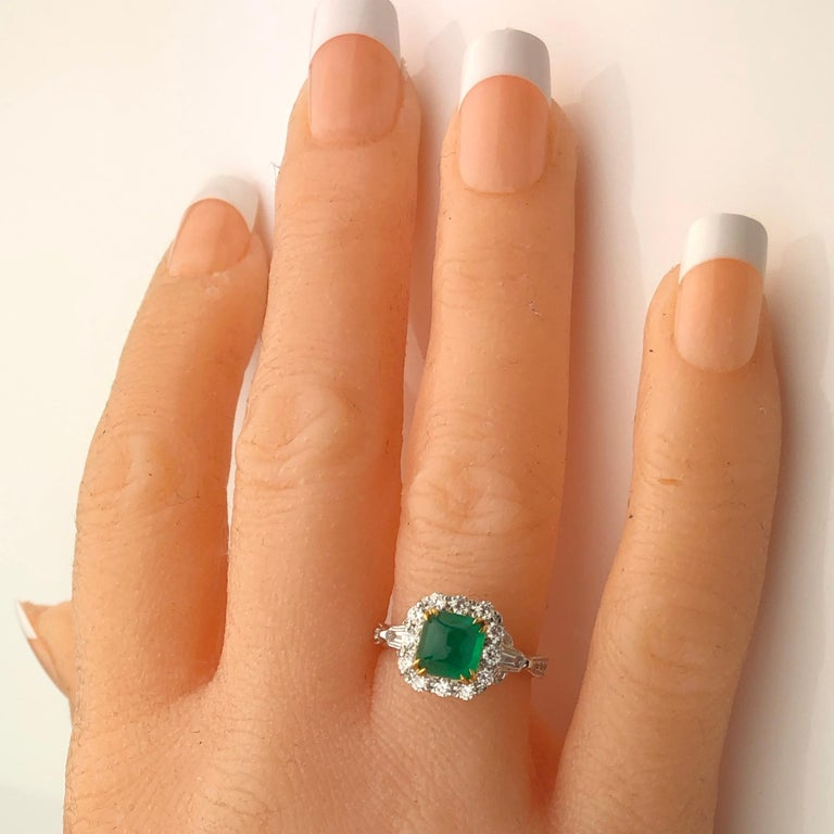 1.45 Carat Sugarloaf Colombian Emerald and Diamond Ring by DiamondTown In New Condition For Sale In New York, NY