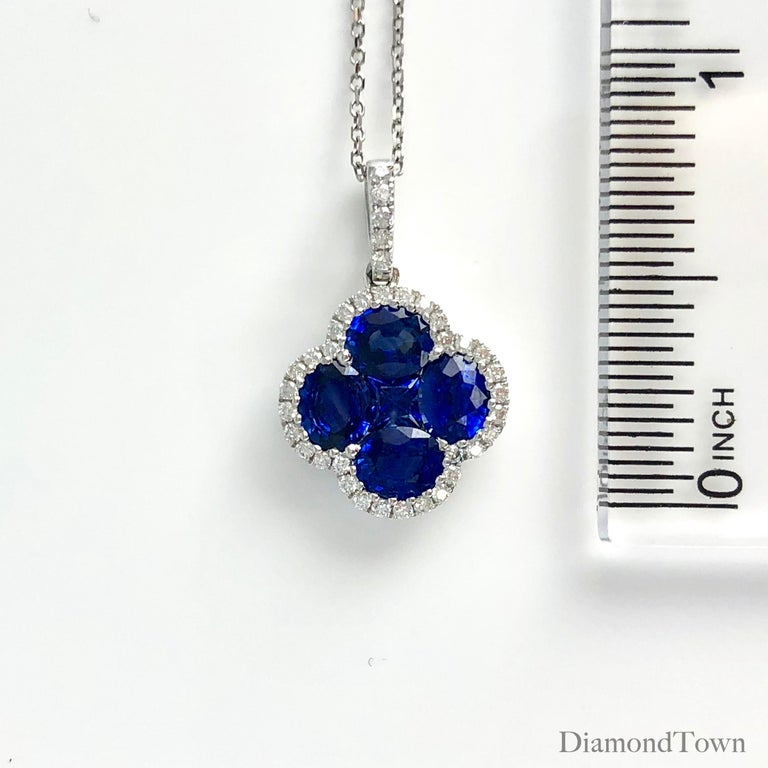 1.81 Carat Vivid Blue Sapphire and Diamond Clover Pendant by Diamond Town In New Condition For Sale In New York, NY