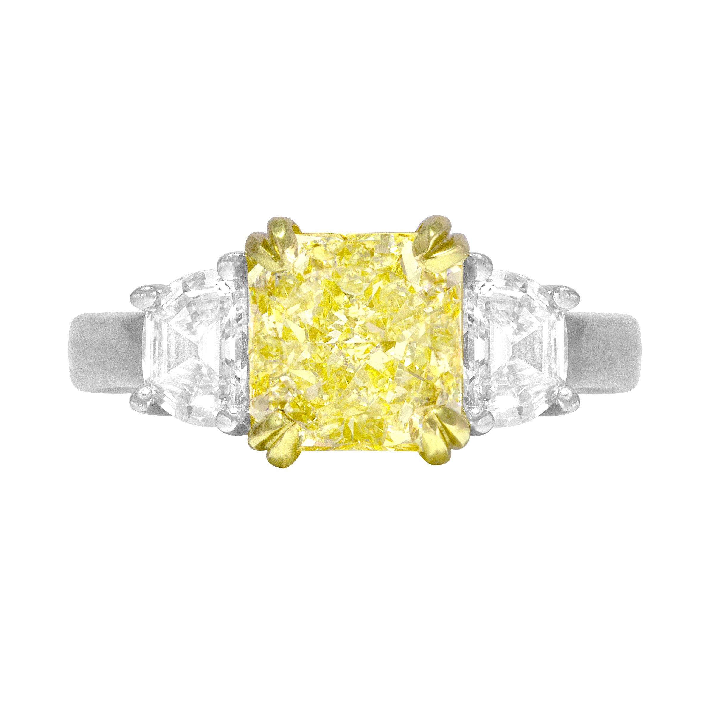 DiamondTown GIA Certified 2.25 Carat Natural Fancy Yellow Diamond Ring