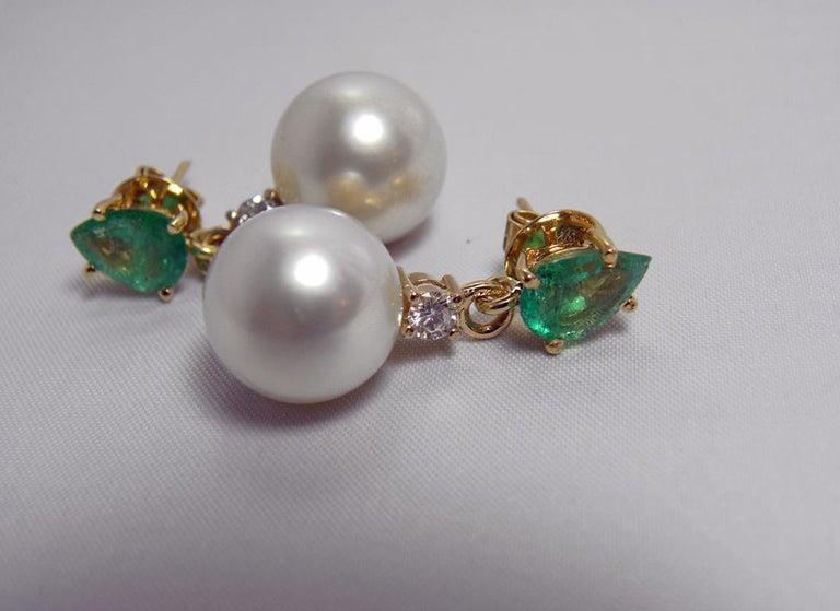 Natural Emerald Diamond and South Sea White Pearl Dangle Earrings 18 Karat For Sale 3
