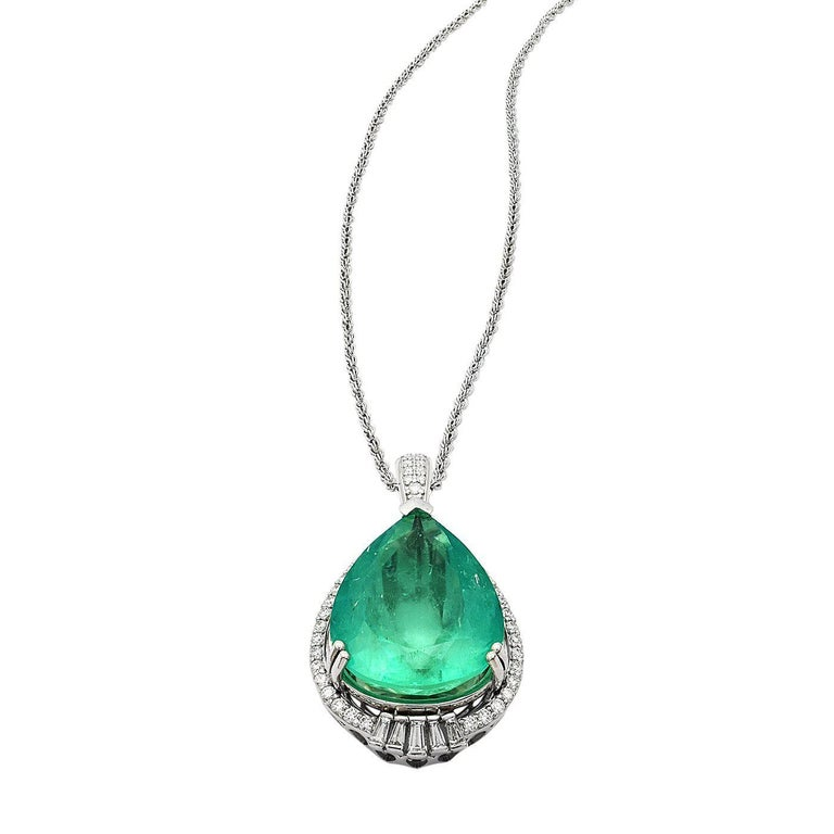 20.29 Carat Emerald Diamond Pendant Necklace