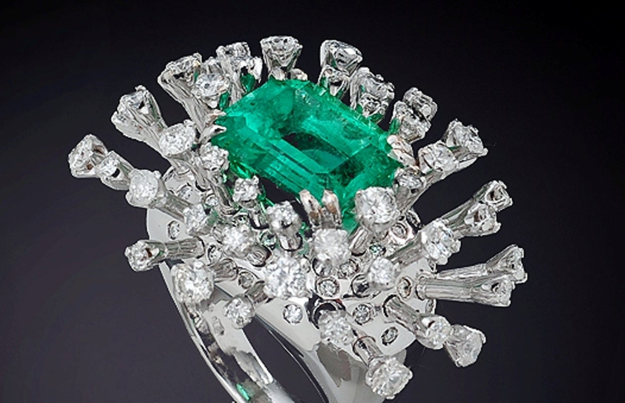 6.26 Carat Green Emerald Diamonds White 18K Gold Cocktail Ring Made In Italy For Sale 1