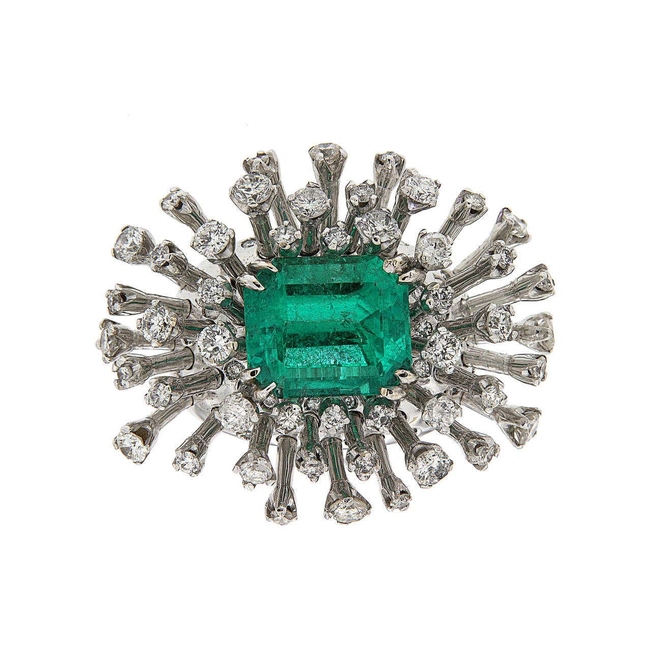 Brilliant Cut 6.26 Carat Green Emerald Diamonds White 18K Gold Cocktail Ring Made In Italy For Sale
