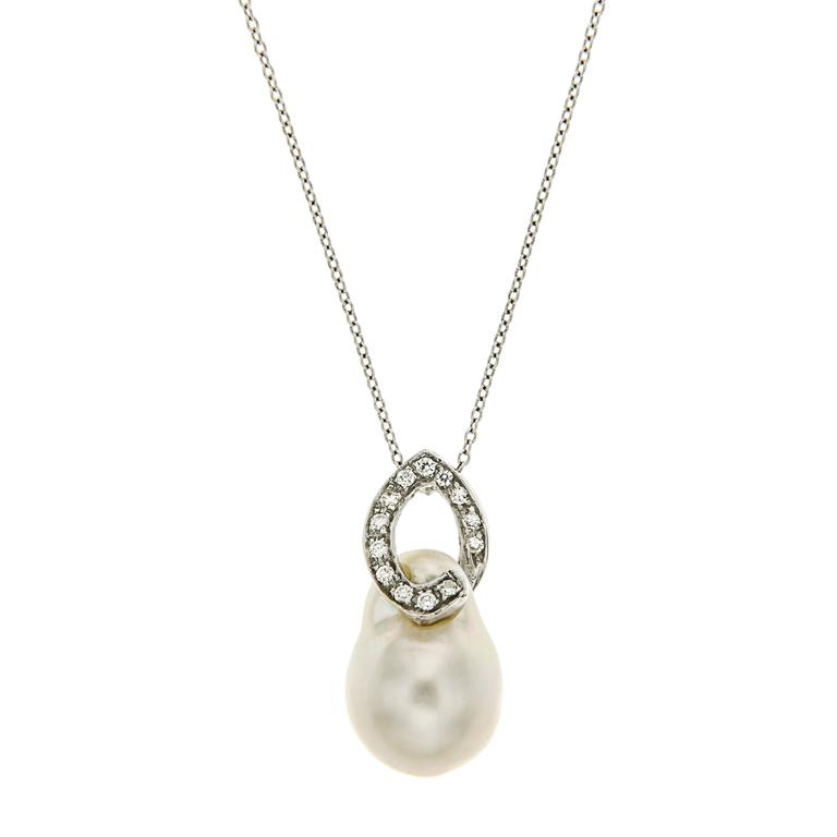 Australian Pearl Diamond White Gold Necklace Modern