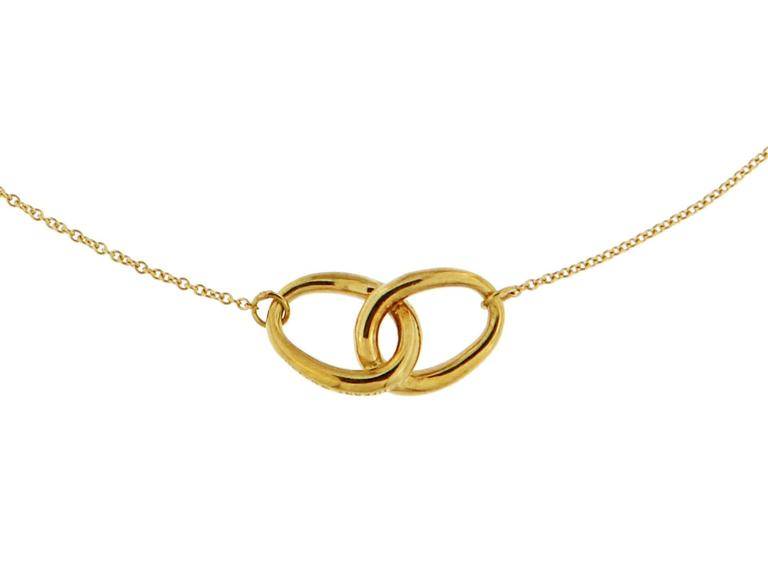 Tiffany & Co.  Knot necklace by Elsa Peretti   The knot size is 20 mm x 10 mm  Total choker length is 39 cm